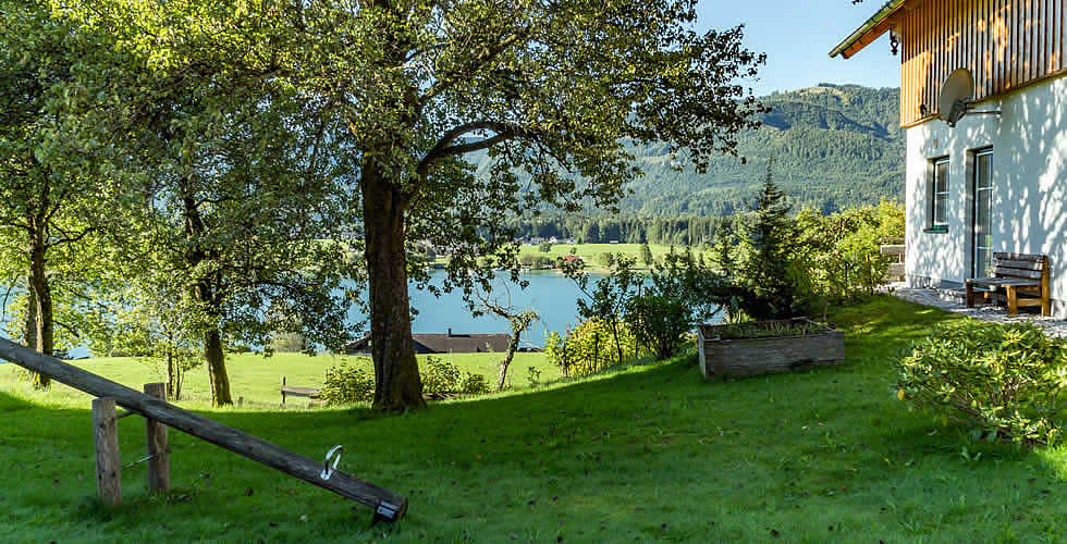 ferienwohnung g nstige ferienwohnungen direkt am wolfgangsee. Black Bedroom Furniture Sets. Home Design Ideas